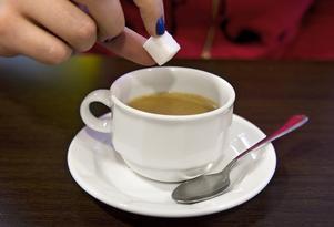 Skribenten undrar varför det inte finns skatt på socker. Foto: Claudio Bresciani/TT