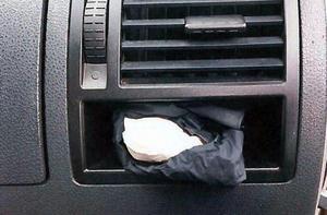 Två jämtar transporterade närmare ett kilo amfetamin i en bil. De greps i Stugun i Jämtland.
