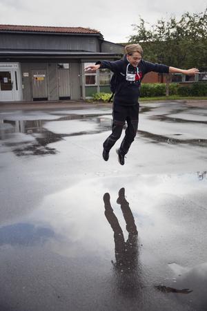 Andreas Magnusson känner sig hoppfull inför framtiden när han tänker på alla klimataktivister som jobbar världen över.