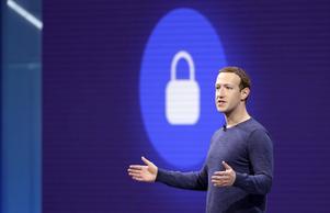 Mark Zuckerberg, grundare av Facebook, får allt svårare att försvara sitt företag. Bild: TT