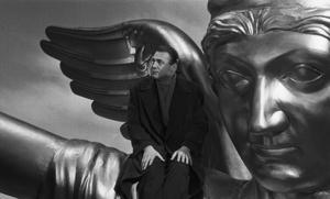 Bruno Ganz spelar ängeln Damiel i Wim Wenders och Peter Handkes film