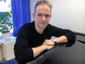 - Vi har en bra utbildning som passar musikintresserade på alla nivåer, säger Dan Hedmark, musiklärare, om musikestetiska programmet på Lugnetgymnasiet.