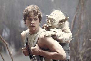 Luke Skywalker och Yoda. Foto: Lucasfilm Ltd.