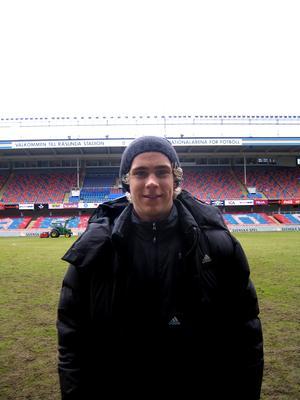 År 2009 skrev Pontus Engblom på för AIK. Här på Råsunda i början av april samma år.