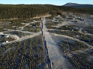 Rörläggning för snökanonsystem på Idre Himmelfjäll. Totalt 22 km rör grävs nu ner för det nya snösystemet.