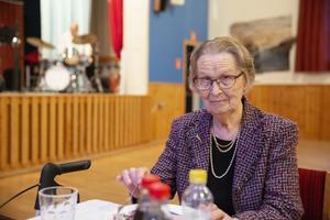 – Jag kom hit för att träffa folk och slippa äta ensam, säger Sylvi Boman.
