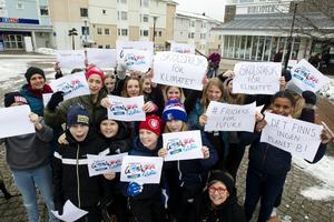 Skolstrejk för klimatet på torget i Ockelbo.