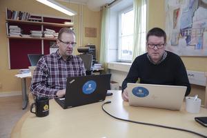 Kommunalråden Håge Persson (M) och Leif Pettersson (S) är  överens om att det skulle vara möjligt att slå ihop de två nämnderna redan under 2020.