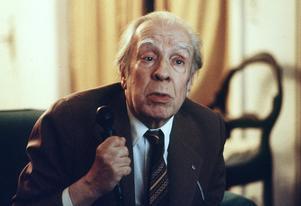 Sigrid Sandström är mycket influerad av den fantastiske argentinske författaren Jorge Borges i sitt konstnärskap. Foto: AP Photo/Eduardo Di Baia,