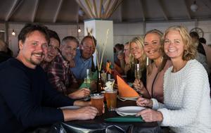 150 stycken kom på premiären för Bollnäs egen surströmmingsskiva, i år hoppas man på ännu fler.