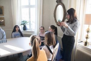 De tolv ungdomarna som ingår i gruppen jobbade fram flera idéer för att utveckla centrum.