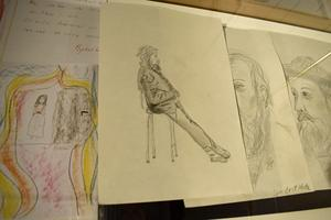 Ebba Matz hade inte många teckningar kvar, men några hade bevarats.