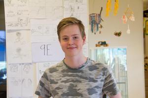 Victor Karlsson, en av eleverna som var med och gjorde seriefansinet.