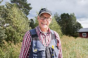 Folke Andersson och hans vänner har arbetat med bryggan under ett och ett halvt år.