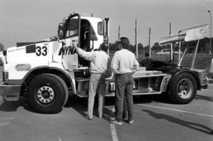 Sveriges då snabbaste lastbil, en Volvo N 12 Turbo som utvecklade 700 hästkrafter, visades på mässan 1986.