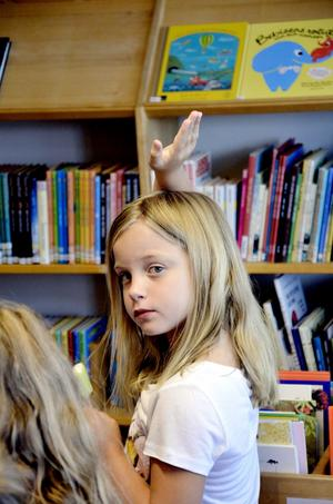 Matilda Gerharsson har redan läst en av de nya böcker som presenteras, Åsa Linds