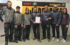 Ljungbergs Motor har utsetts till Årets Skoterhandlare av Svedea.Foto: Svedea pressbild