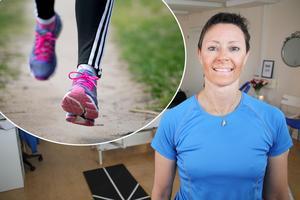 Ett medfött hjärtfel och knäartros hindrar inte Monika Söder från att genomföra en triathlon.