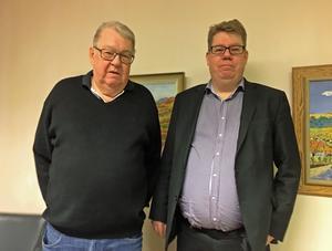 Nils och Erik Hansson på kontoret i Härnösand.
