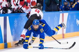 Fanny Rask och Sverige får en svår kvart. Foto: Carl Sandin (Bildbyrån).