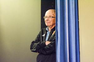 Thord Larsson har spelat revy i 60 år, men nu gör han sin sista.
