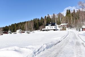 Huset byggdes 1949 och ägdes tidigare av Anders föräldrar.