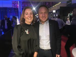 Lotta och Lukas Orrby                                                                – Vi hoppas att vi ska ha trevlig kväll med vår personal från Orrbys. Vi har varit här förut men det är ett par år sedan.