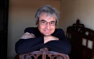 Carlo Rovelli, italiensk teoretisk fysiker, utforskar tiden i sin senaste bok. Foto: Basso Canarsa