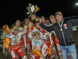 2016 tog Rospiggarna klubbens femte SM-guld genom tiderna.