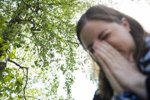 Antalet som får behandling för sin allergi skiljer sig kraftigt åt mellan länen, något som skyndsamt borde åtgärdas, menar debattörerna.  Foto: TT