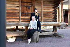 Tina Hulteke och Linnéa Eriksson har valt att starta ett företag tillsammans.