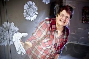 Miljövänligt och rent på samma gång. Lisbeth Fransson vet hur det resultatet enklast uppnås.