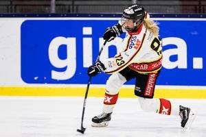 Pernilla Forsgren är en av tre spelare som förlängt sitt kontrakt med Luleå. Bild: Andreas L Eriksson/Bildbyrån