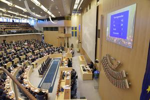 Det var helt rätt av allianspartierna att avsätta Stefan Löfven som statsminister. Om han hade fått sitta kvar hade riksdagen röstat ner alla förslag från S-MP-regeringen. Det hade blivit samma politiska kaos som i dag, men under en längre tid. Det hade inte varit bra för Sverige. Foto: Anders Wiklund, TT.