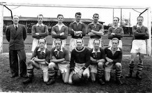 Lagbild på IF Nordens fotbollslag från 1942. Foto: Sven Norling