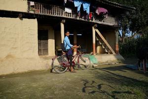 Devaki går i åttonde klass och ärett av de barn i Nepal som Islamic Relief stöttar i Nepal att fullfölja sin utbildning.