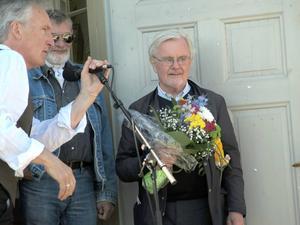 Anders Bodegård var uppenbart tagen när han tog emot Dagermanpriset 2014.
