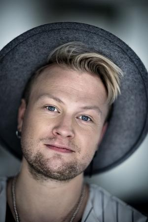 Freddie Liljegren får Gottfrids stöd i finalen.