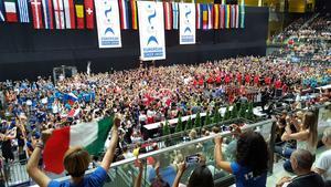 Multiversum-arenan i Schwechat, Wien, fylld av Europas bästa lag inom cheerleading.