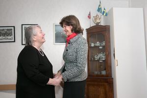 Torill Hermanstad tog emot drottning Silvia i sin lägenhet på Lotsens vård- och omsorgsboende.