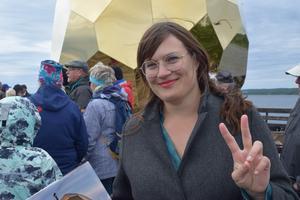 En nöjd Ida Torkkeli konstaterar att ägget har mjulklandat och är hett i Rättvik.