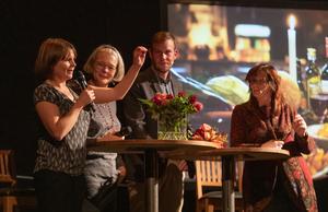 Elin Röös, Adam Arneson, bonde och Anna Richert samtalade med moderatorn Gunilla Kindstrand.