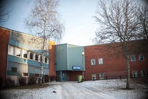 Fram till 2017 drevs sportcaféet av privata entreprenörer. När den sista av dem sade upp sitt avtal under hösten 2016 valde kommunen att ta över.