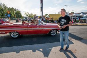 Roger Björklund var ute med sin kamera för att fotografera bilar som kandiderade till priset som finaste fordon.