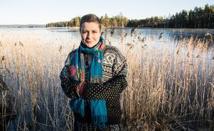 """Flosjön fryser till, och Anna är tacksam över det enorma stöd som familjen fått under året. """"Jag berättar ofta om hur detta burit oss""""."""