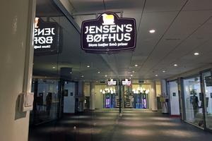Väldigt mycket tomma ytor, och så Jensen Böfhus. Foto: Lunchkollen