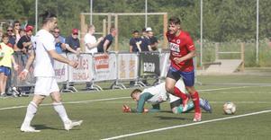Christer Lipovac fördubblade sin målskörd i norrettan med två mål mot Sollentuna på Karlslund arena.