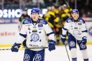 Filip Johansson väntar fortfarande på säsongens första mål i Hockeyallsvenskan. Foto: Tobias Sterner/Bildbyrån