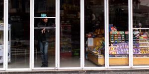 Butik som saknar ström i Argentina. Bild: Tomas F. Cuesta/TT