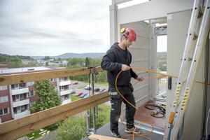 Robert Ersson Rapp arbetar på Härnösandsföretaget Jasab
